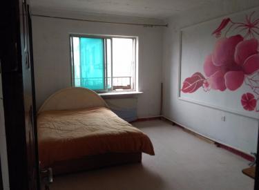 万寿小区 4室 1厅 1卫 100㎡