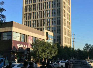 (出售)建大商圈 金地琥珀临街 8.5米门脸 带租金出售