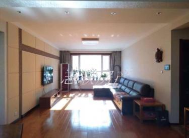新湖明珠城 3室 2厅 2卫 146㎡