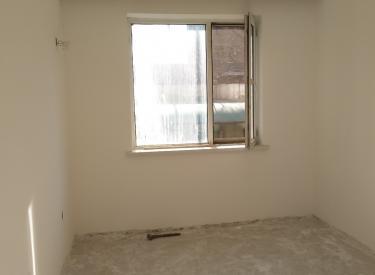 新湖明珠城旁 精装一楼 3室 1厅 1卫 70㎡