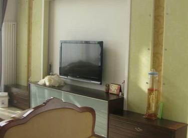 格林生活坊二期 6室3厅4卫    272.00㎡
