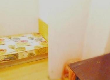 鑫丰中心里 5室 1厅 1卫 130㎡