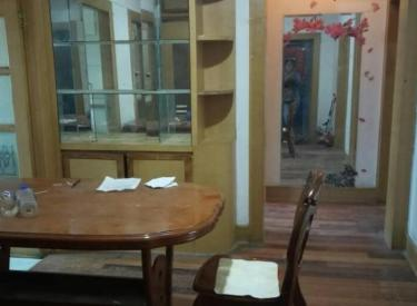 中街翠生小区三室一厅朝阳一小学旁适合陪读1500元