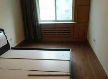 中街新玛特35平4楼干净650元急租全套用品