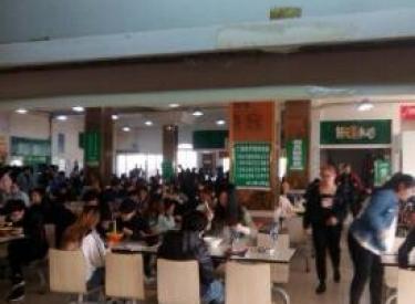 (出租)学校食堂档口摊位30平米