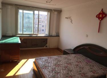 二室一厅干净整洁交通方便 2室 1厅 1卫 70㎡