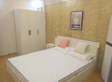 云峰花园  3室 1厅 1卫 次卧