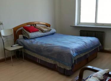 宏达小区 1室 0厅 1卫 男生合租房 15㎡