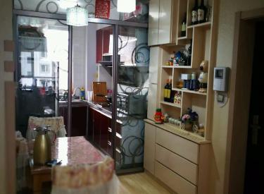 城建美庭 2室 2厅 1卫 精装修采光好,拎包即住,近地铁