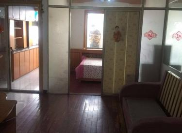 吉祥小区 2室 1厅 1卫 60㎡