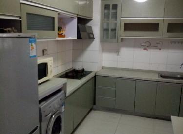 新华国际公寓 2室 2厅 1卫 105㎡ 押一付三