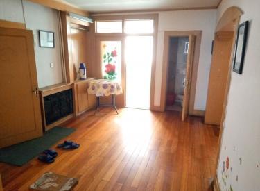 延安里社区 2室 2厅 1卫 100㎡ 半年付