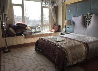 中旅国际小镇联排别墅 6室 3厅 4卫 216㎡ 148万