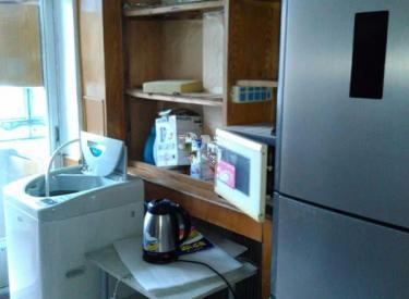 出租牡丹江小区两室价格美丽 拎包即住 家电家具齐全 临近地铁