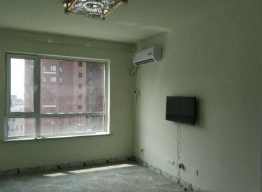 浑南白塔堡小石城精装修两室,家电齐全,拎包入住,随时看房