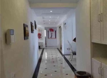 中海寰宇天下 三室豪华装修 临近校区 性价比高 采光好 双校