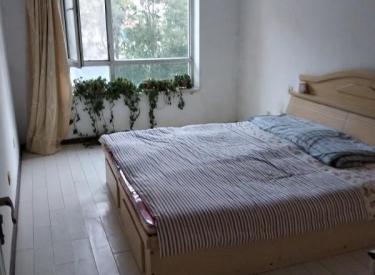 保利海棠花园 两室两厅 2楼南北标户103平1600元/月