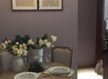 恒大名都三室两厅一卫原装修     位置 看房方便  急售。