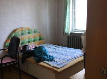崇山教师村 1室 1厅 1卫 48㎡ 半年付