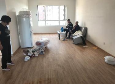 万锦香樟树 地铁旁 新装出租 浑南中路 交通便利 随时看房