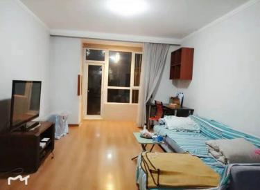 江南春城 南北 两室 精装 一楼 包采暖物业 拎包入住