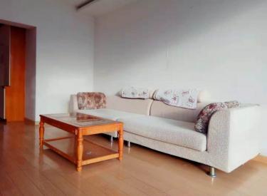 万丰花苑 南北 精装 两室 包采暖物业 拎包入住 电梯房