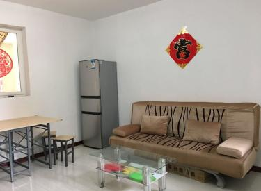 尚盈丽景西区85平2室 精装修1000一个月