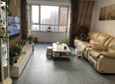 启工街地铁口 大都汇大润发旁 第 一城 小高层南北精装两室
