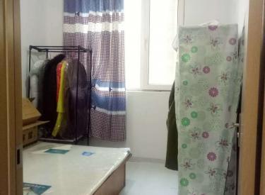华新名筑 1室 1厅 1卫 次卧600元限女生