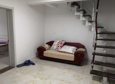 滨河湾小区 3室 2厅 2卫 104㎡