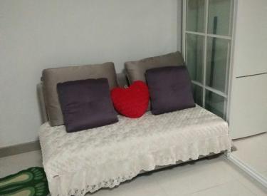 碧桂园东区门口,54平,一室一厅,精装,首次出租