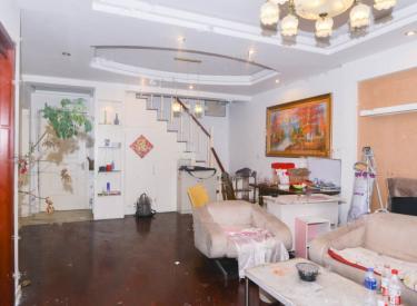 万科金色家园 2室1厅 4500元 跃层