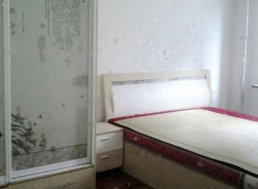 百乐小区 3室1厅 1900元