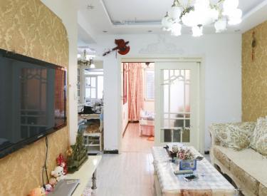 整租  此房户型方正,装修保持良好,前面无遮挡,采光好