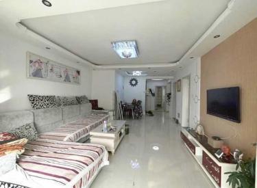 2室 精装 可短租 离袋贴口200米 交通方便 2室2厅