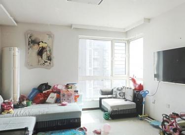 果舍添香一期 俩室精装修 不临街 看房方便