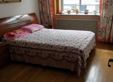 东兴小区佳楼层南北房把山老式装价低便宜