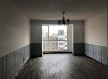 出租于洪于洪周边纯写字楼地铁站旁创业基地写字间出租