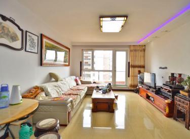 万科魅力对面阳光尚城4.2期两室 婚装南北南厅 家具家电齐全