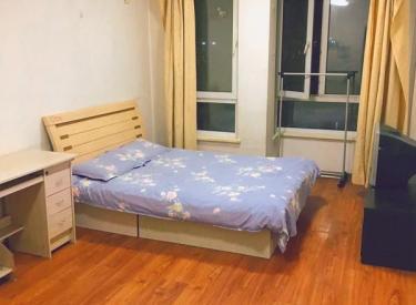 中央大学城一室单间,精装修有钥匙看房方便