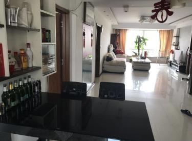 滂江 东逸花园 5楼精装南北145平 三室二厅二卫 出售