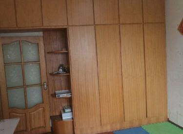 陵西一小区 2室 1厅 1卫 60㎡ 半年付