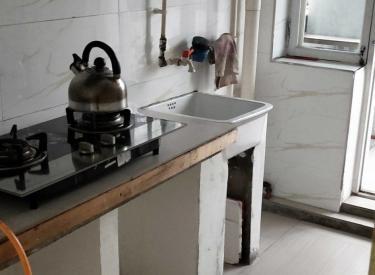中房回迁  6楼  2室  精装修 家电全出租1100