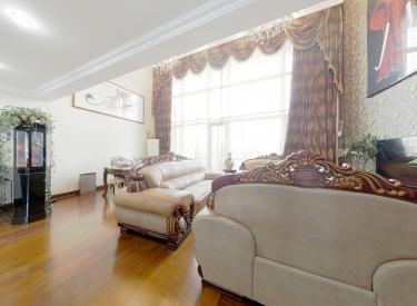 房主诚心卖房,万科精装修,园区中间位置,看房方便