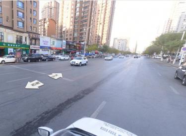 (出租) 云峰北街 650平直租无兑费适合餐饮教育美容办公等