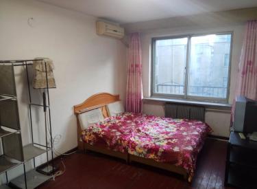 空调4楼南西塔小区 2室 1厅 1卫