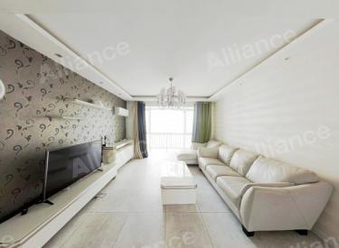 中海一期 南北通透三居室,满两年,房主诚心出售