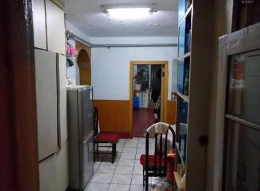 和平 华光社区 3室 1厅 1卫  中间楼层 位置好 随时落户