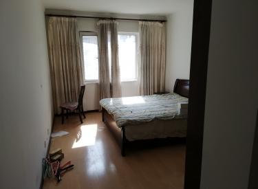 云鼎家园 4室2厅1卫 168㎡
