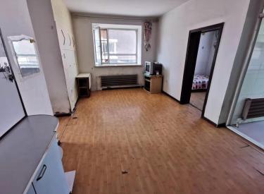 长白南站地铁口 滨河湾小区 2室 1厅 1卫 低价出租